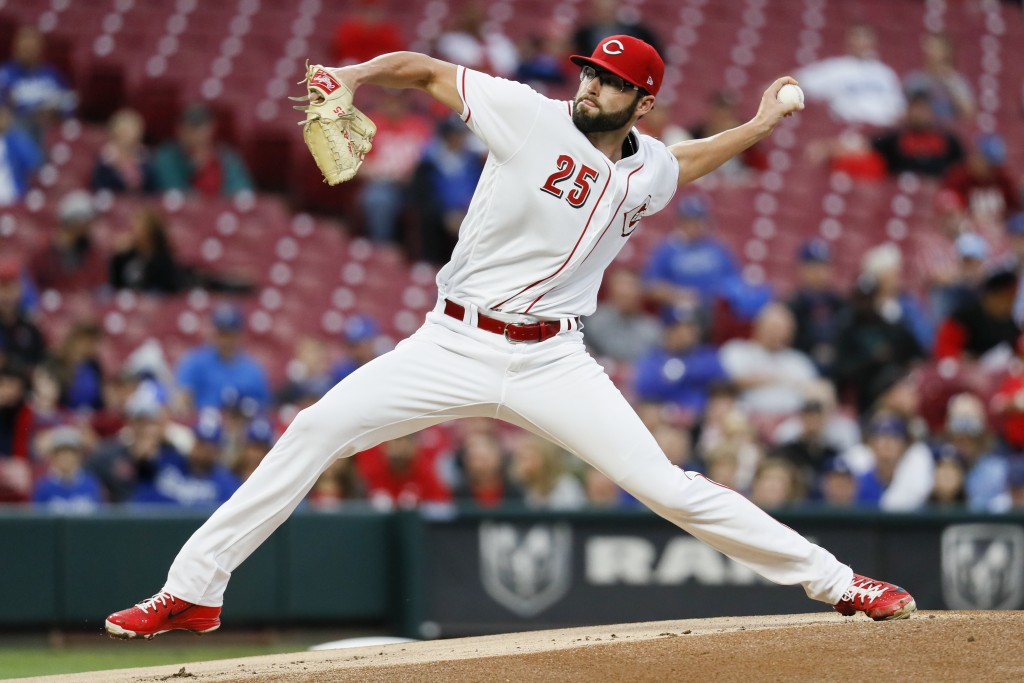 Cincinnati Reds starting pitcher Cody Reed throws in the first inning of a baseball game against the Los Angeles Dodgers, Monday, Sept. 10, 2018, in C