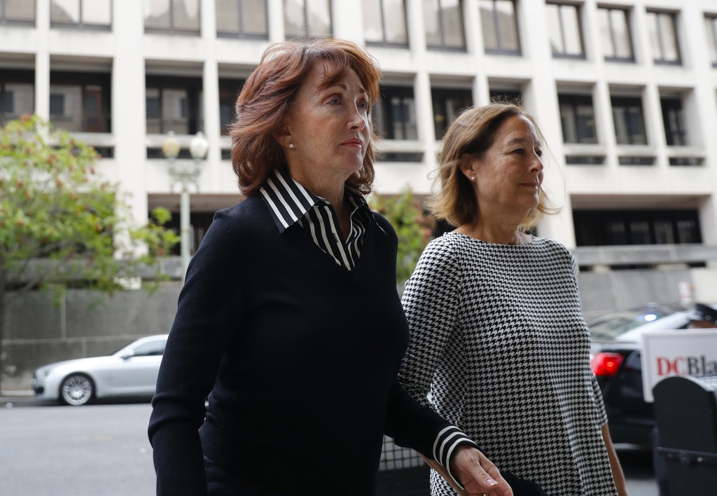 Paul Manafort's wife Kathleen Manafort, left, arrives at federal court in Washington, Friday, Sept. 14, 2018. Former Trump campaign chairman Paul Mana