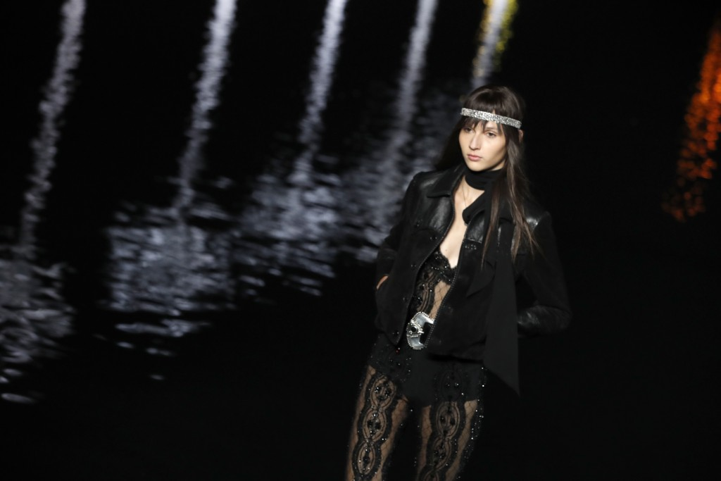 Starry Saint Laurent Show In Paris Sees Model Taiwan News