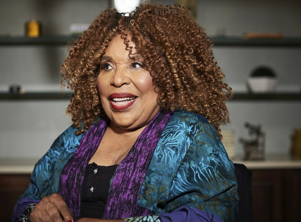 In this Oct. 10, 2018 photo, singer Roberta Flack poses for a portrait in New York. The 81-year-old music legend will be honored Saturday, Oct. 13, 20