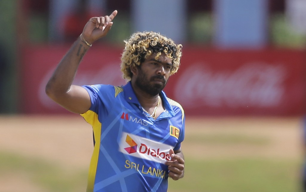 Sri Lanka's Lasith Malinga celebrates the wicket of England's Jason Roy during their second one-day international cricket match in Dambulla, Sri Lanka