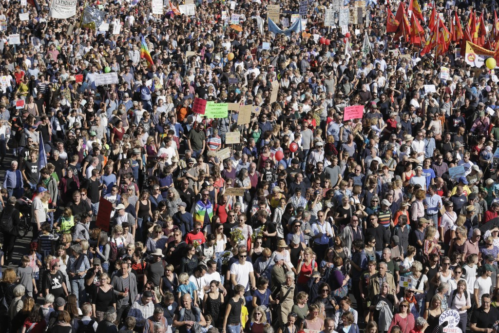 Thousands of people attend a demonstration under the slogan 'indivisible' against hate and four solidarity instead of exclusion in Berlin, Germany, Sa