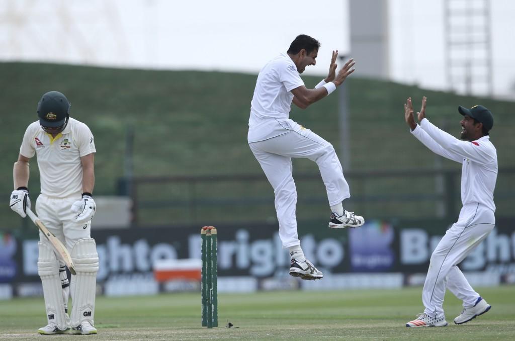 Abbas takes 10 wickets as Australia suffer heaviest Test loss to Pakistan