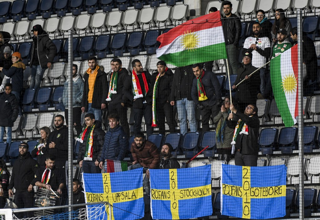 Soccer team in Sweden gives world's Kurds som    | Taiwan News
