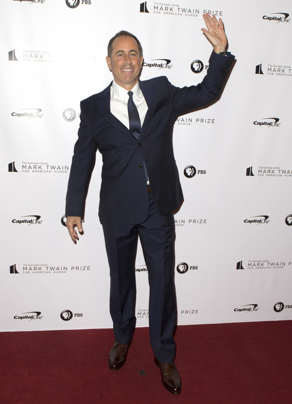 Jerry Seinfeld arrives at the Kennedy Center for the Performing Arts for the 21st Annual Mark Twain Prize for American Humor presented to Julia Louis-