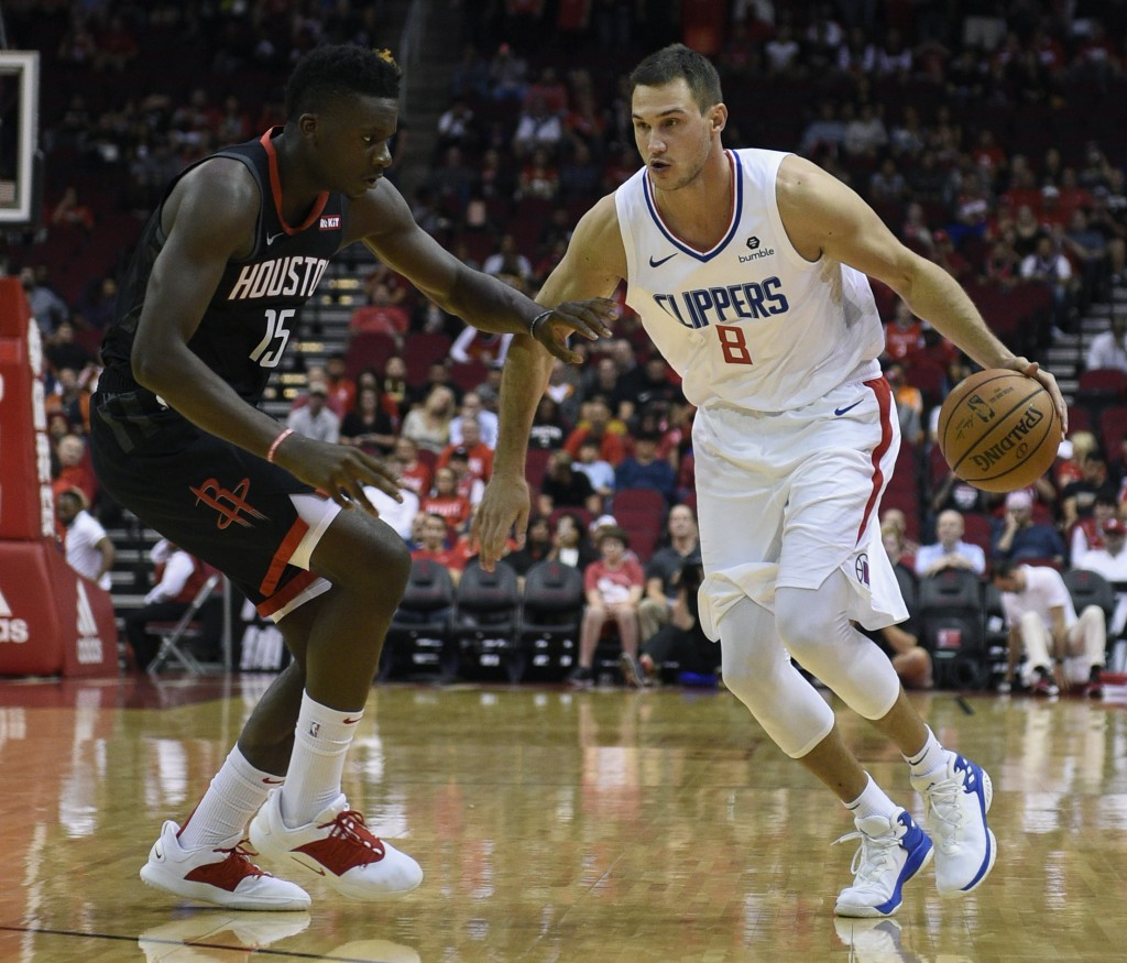 Houston's Harden to miss two games with hamstring strain