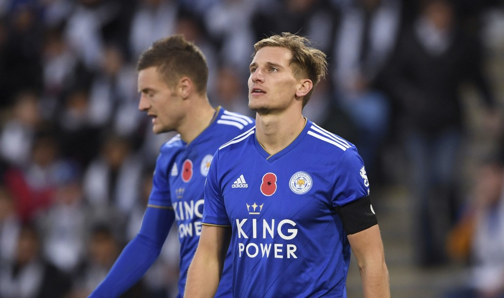 Leicester City's Marc Albrighton, right, and Jamie Vardy during the English Premier League soccer match between Leicester City and Burnley FC at the K
