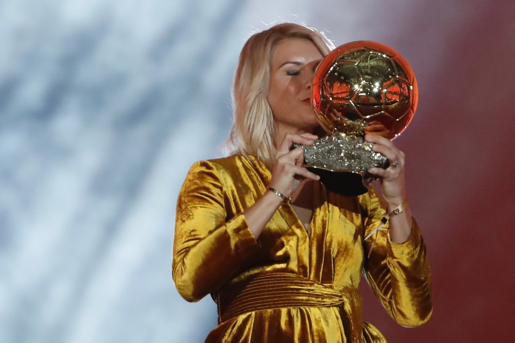Ballon DOr host apologises as twerk request causes storm