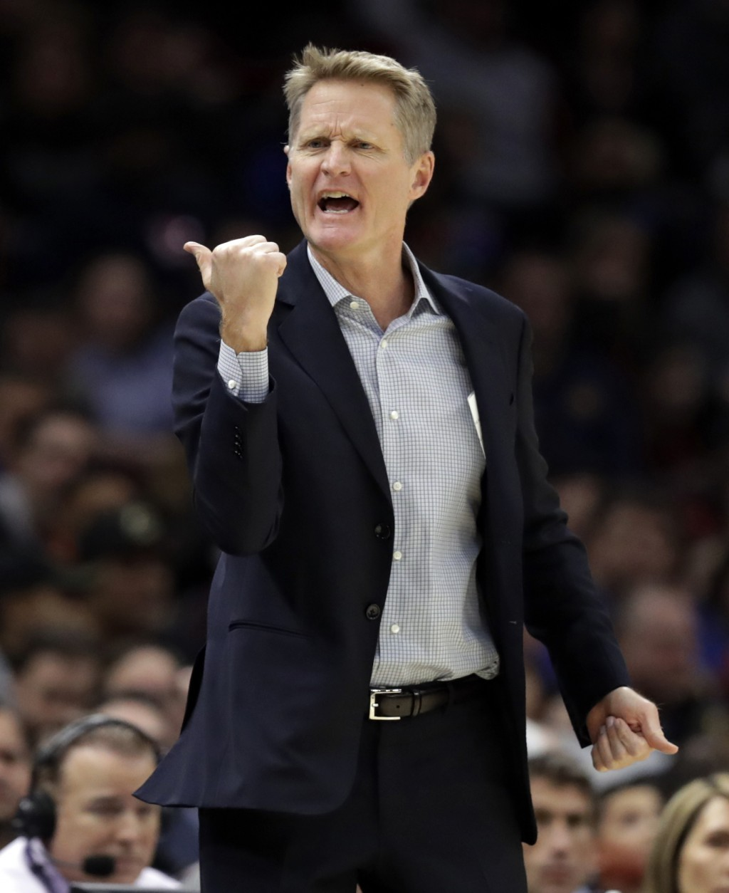 Golden State Warriors head coach Steve Kerr reacts in the first half of an NBA basketball game against the Cleveland Cavaliers, Wednesday, Dec. 5, 201