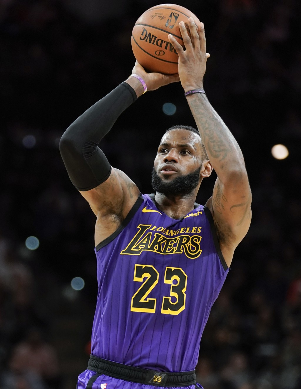 Los Angeles Lakers' LeBron James shoots during the first half of the team's NBA basketball game against the San Antonio Spurs, Friday, Dec. 7, 2018, i