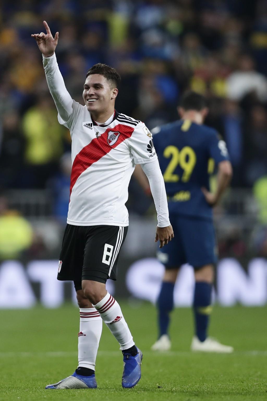 Juan Quintero of Argentina's River Plate celebrates beating 3-1 Argentina's Boca Juniors during the Copa Libertadores final soccer match at the Santia