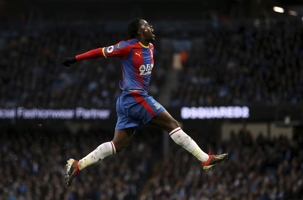 Crystal Palace's Jeffrey Schlupp celebrates scoring his side's first goal of the game during the English Premier League soccer match between Mancheste...