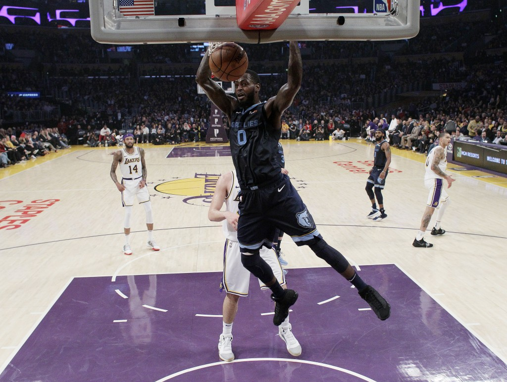Memphis Grizzlies' JaMychal Green (0) dunks against the Los Angeles Lakers during the first half of an NBA basketball game, Sunday, Dec. 23, 2018, in ...