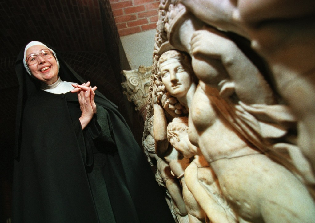 FILE - In this Thursday, Sept. 4, 1997 file photo, Sister Wendy Beckett, a Roman Catholic nun of the Sisters of Notre Dame, who lives in Colinton, Eng...