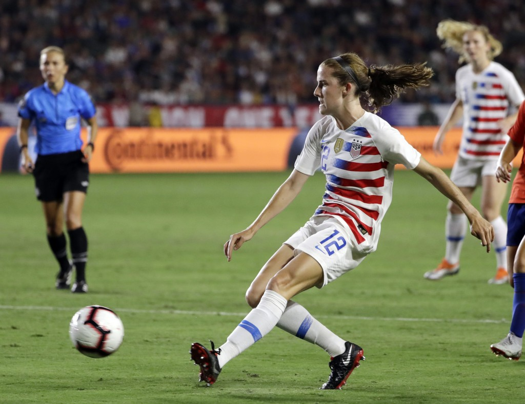 FILE - In this Aug. 31, 2018, file photo, United States' Tierna Davidson shoots against Chile during the second half of an international friendly socc...