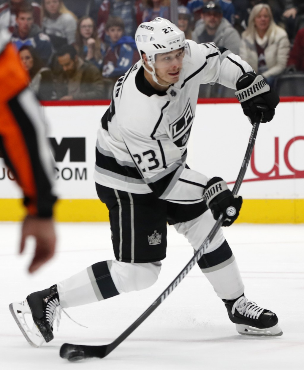 Los Angeles Kings right wing Dustin Brown shoots the winning goal in overtime of an NHL hockey game against the Colorado Avalanche on Monday, Dec. 31,...