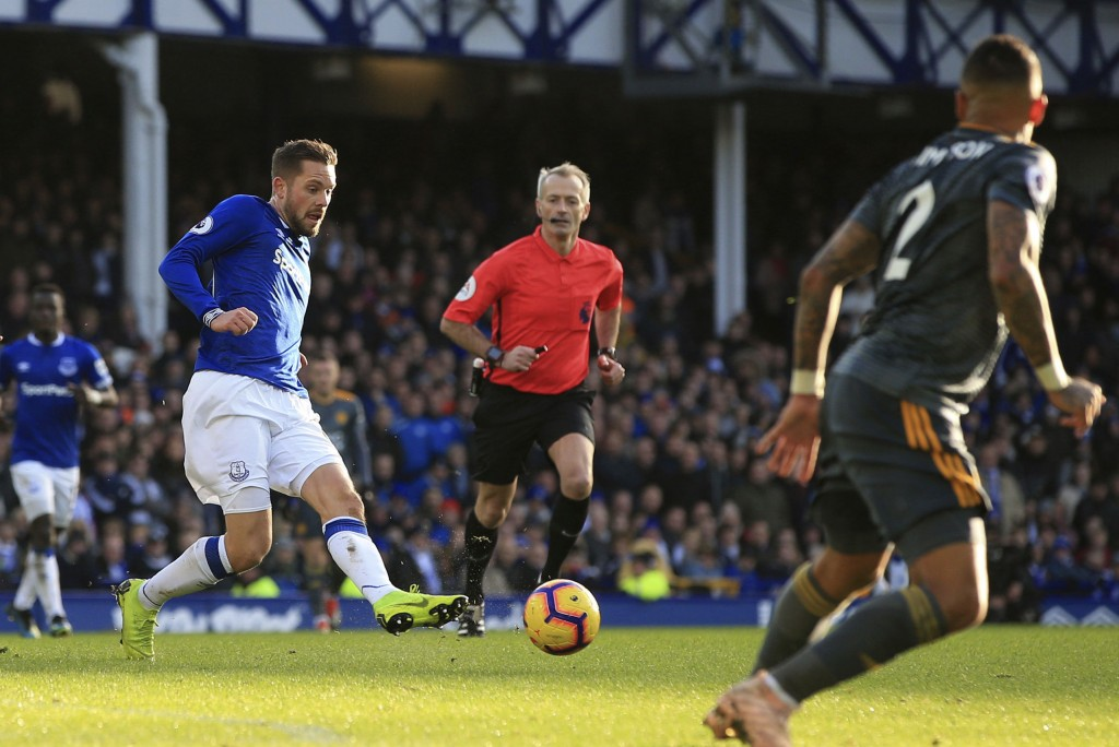 Everton's Gylfi Sigurdsson in action against Leicester City, during their English Premier League soccer match at Goodison Park in Liverpool, England, ...