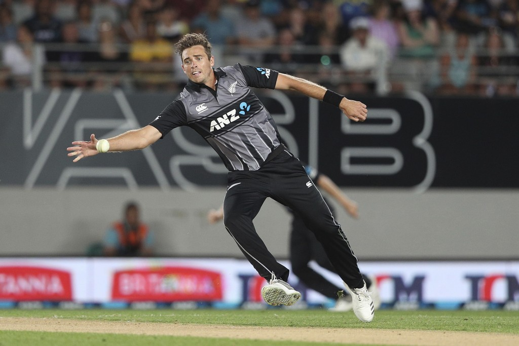 New Zealand's captain Tim Southee fields during their twenty/20 cricket international at Eden Park in Auckland, New Zealand, Friday, Jan. 11, 2019. (A