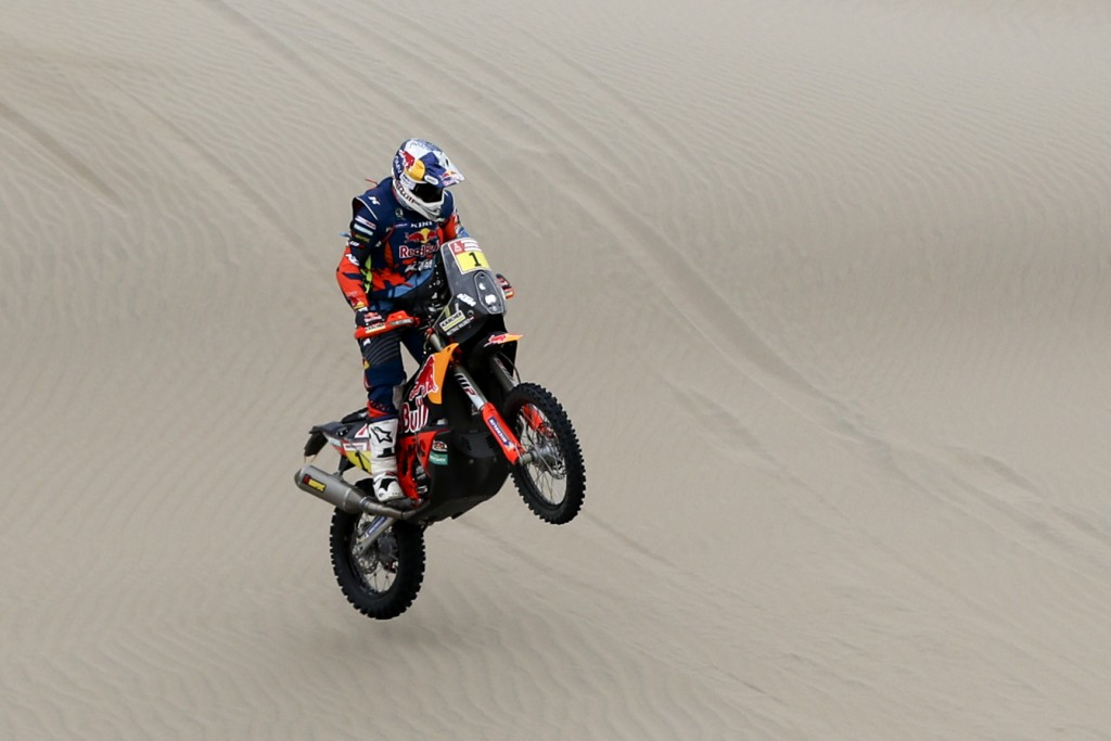 Matthias Walkner of Austria rides his KTM motorbike during the stage six of the Dakar Rally between Arequipa and San Juan de Marcona, Peru, Sunday, Ja