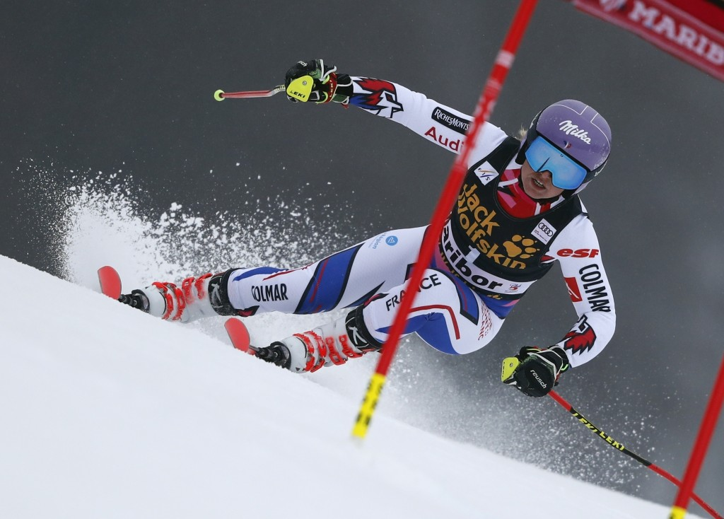 France's Tessa Worley speeds down the course during an alpine ski, women's World Cup giant slalom, in Maribor, Slovenia, Friday, Feb. 1, 2019. (AP Pho...