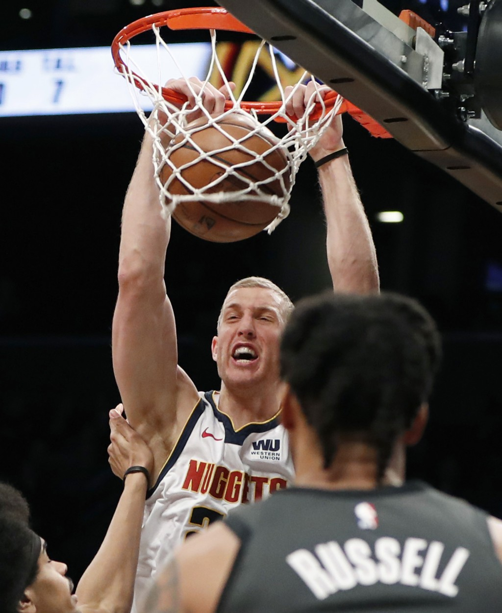 Russell Scores 27, Nets Hit 19 3s And Beat Nu...