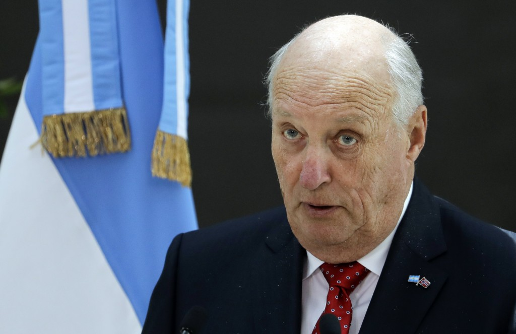 FILE - In this March 6, 2018, file photo, Norway's King Harald speaks during a luncheon at the government house Casa Rosada, in Buenos Aires, Argentin...