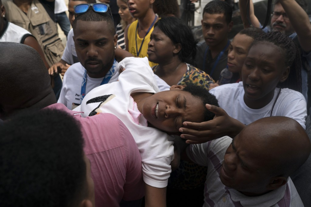 The mother of Samuel de Souza Rosa, one of the 10 young soccer players killed in a fire at the training ground of Brazilian soccer club Flamengo, is c...