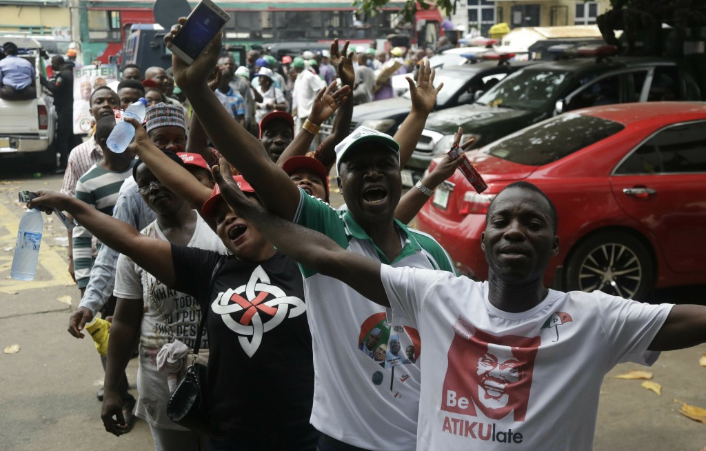 Supporters of Nigerian presidential candidate Atiku Abubakar, of the People's Democratic Party, attend an election campaign rally at the Tafawa Balewa