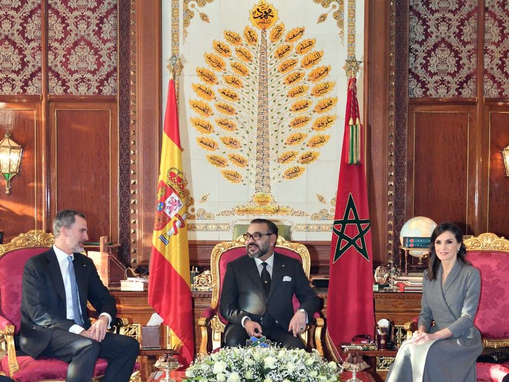 In this photo provided by the Moroccan Royal Palace via the Moroccan News Agency (MAP), Moroccan King Mohammed VI, center, chats with King Don Felipe ...