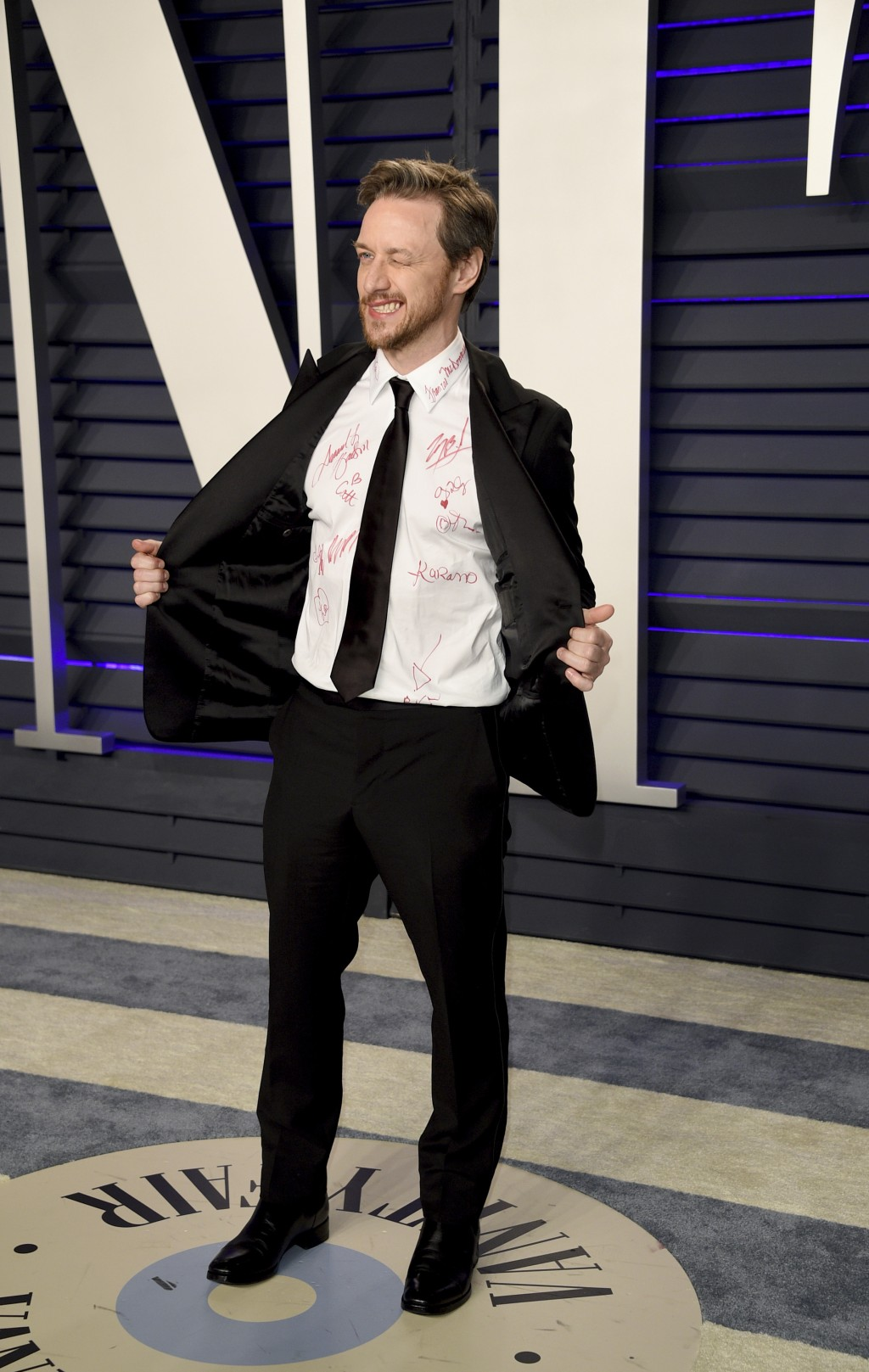 James McAvoy arrives at the Vanity Fair Oscar Party on Sunday, Feb. 24, 2019, in Beverly Hills, Calif. (Photo by Evan Agostini/Invision/AP)