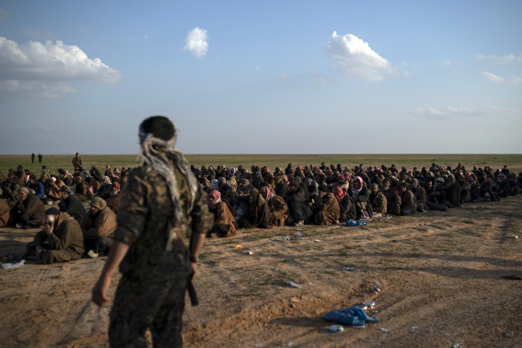 Hundreds leave ISIS-held area in Syria as fighting slows down