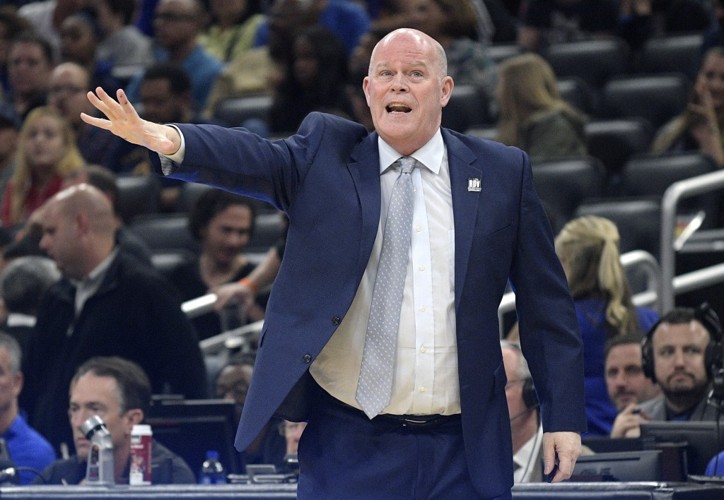 Orlando Magic coach Steve Clifford calls out instructions during the first half of the team's NBA basketball game against the New Orleans Pelicans on ...