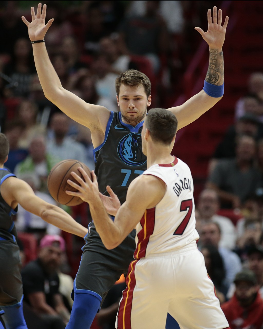 hot sale online 4a115 0d34e Goran Dragic, Luka Doncic put on a show for S... | Taiwan News