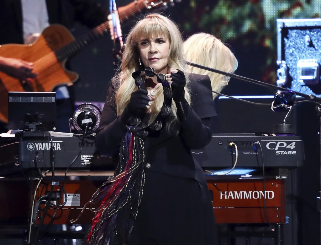 Stevie Nicks accidentally refers to Harry Styles as former NSYNC member