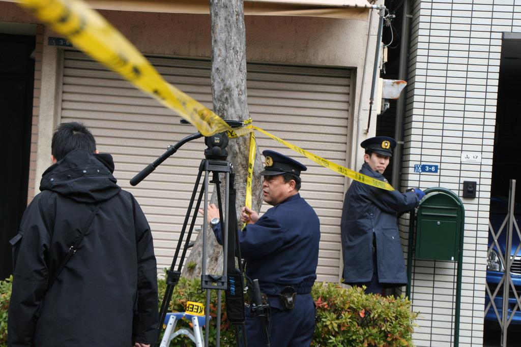 日本警方研判,兩位遇害的台灣女留學生是台北時間5日上午7時到8時25分左右被刺殺。警方6日上午還在女留學生的宿舍搜查。中央社記者楊明珠東京...