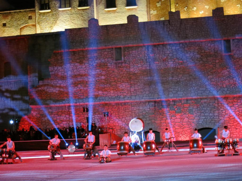 南非塔圖藝術節表演,台灣十鼓擊樂團10名團員以力與美的結合,充分展現中國擊鼓藝術最高境界。中央社記者徐梅玉約翰尼斯堡傳真       10...