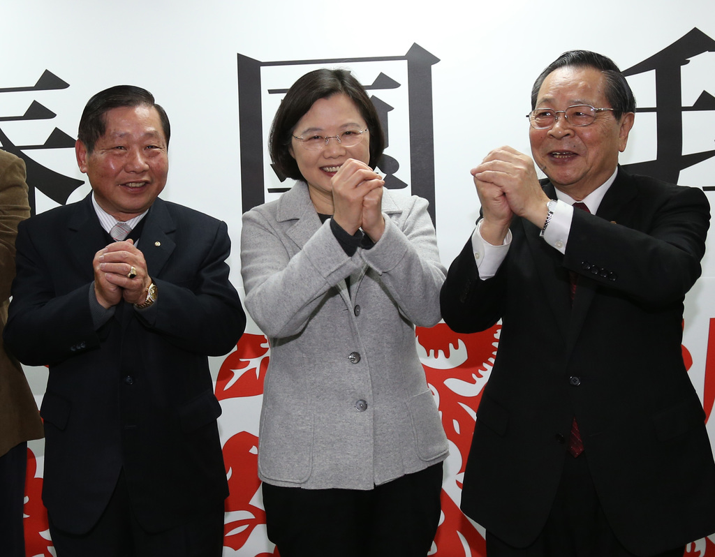 Tsai Ing-wen still reluctant to commit to DPP chair run