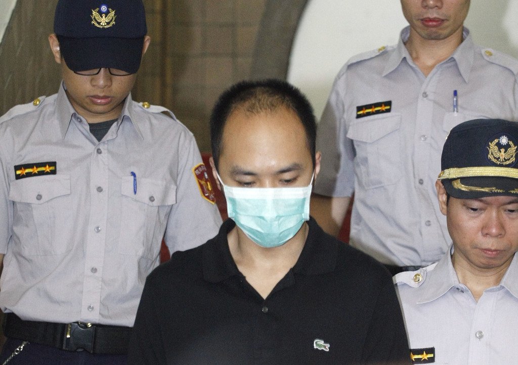 Justin Lee (李宗瑞), a socialite convicted of raping 20 women receives lengthened 19-year prison sentence from High Court.