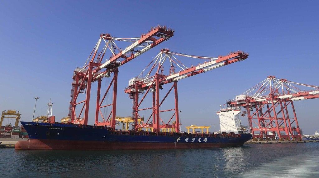 立法院27日召開經濟委員會,因近期台灣出口表現疲軟,經濟部之前公布4月工業生產較3月減少4.80%,4月出口較去年同期衰退11.7%。經濟...