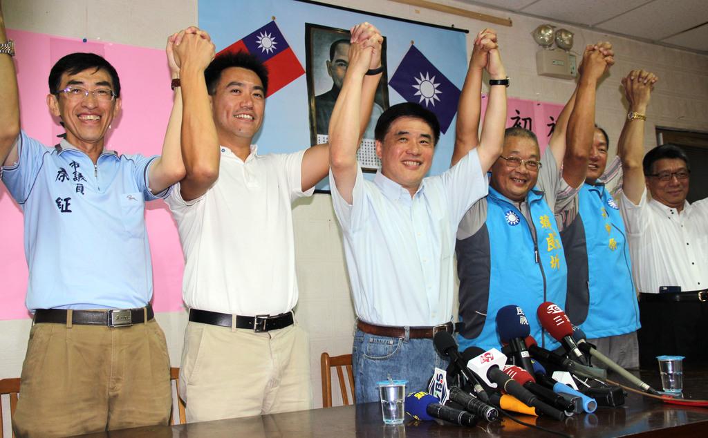 Hau passes Keelung legislative primary with 45.53 percent rating