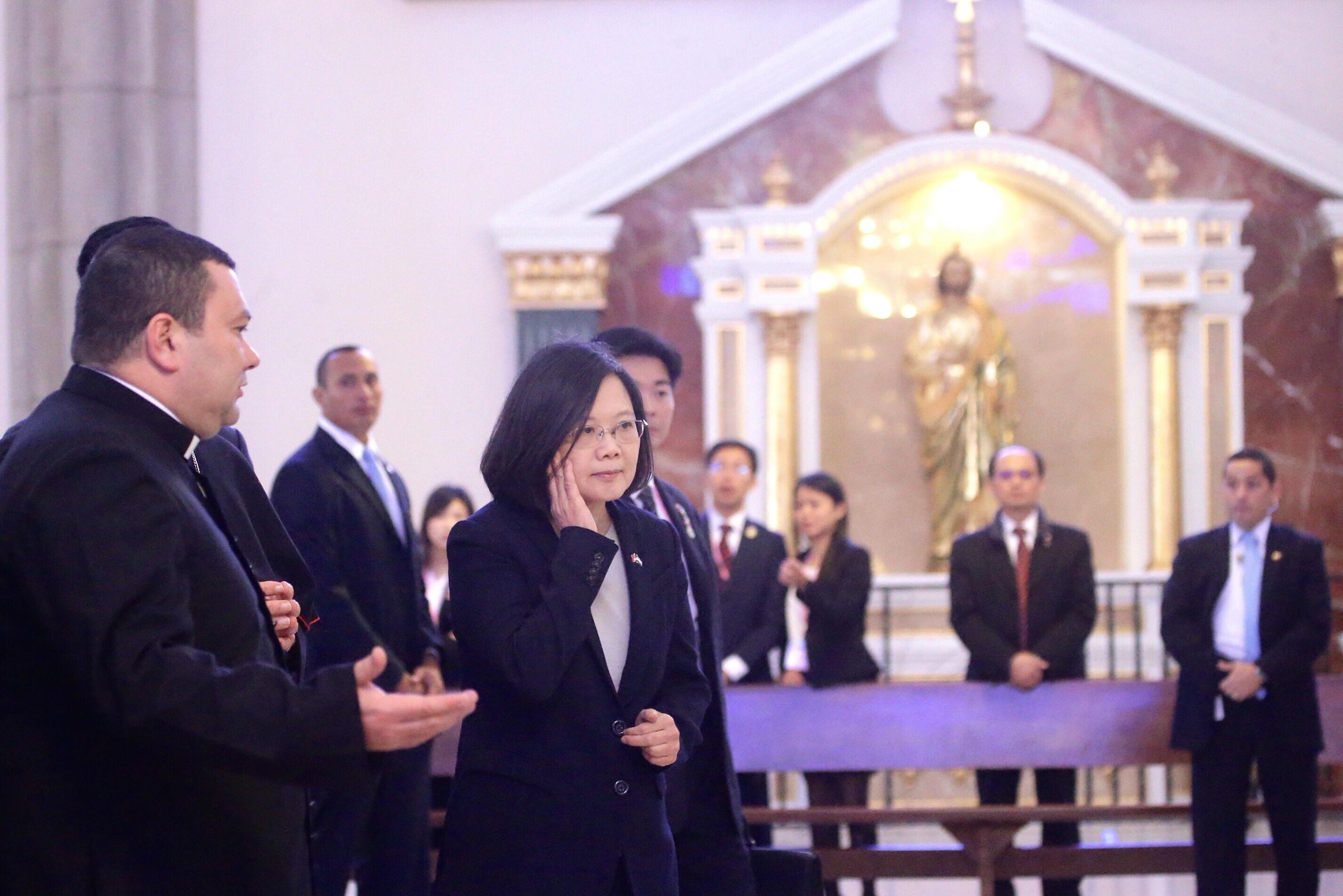 總統蔡英文今(2017)年初出訪中南美洲友邦,第一站即為宏都拉斯。