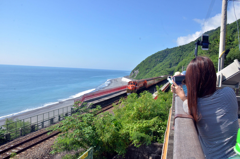 Even more beauty along Taiwan's coastal railroad.