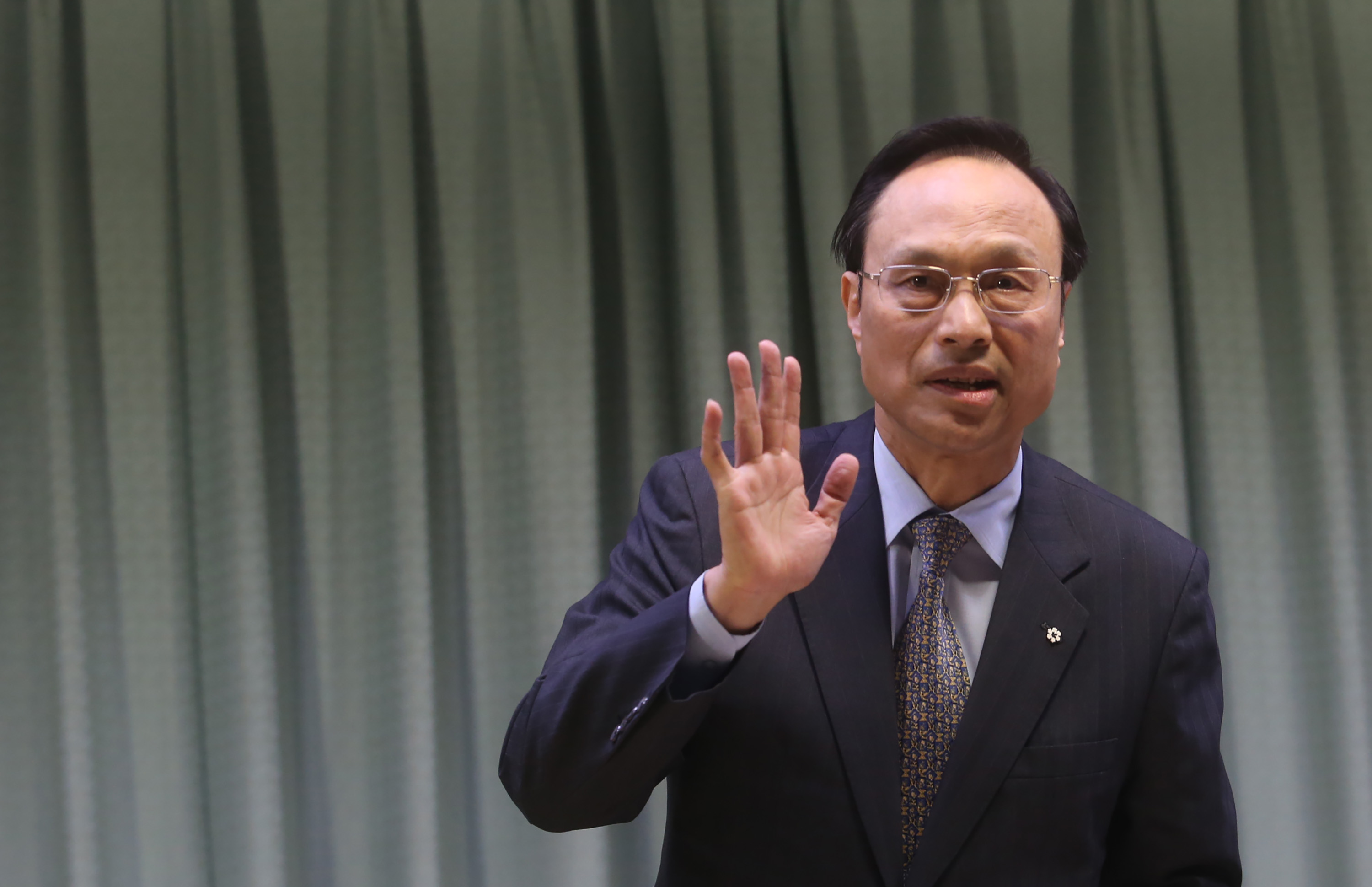 Chen Chun-shen (陳俊賢) has become the director-general of the Bureau of Consular Affairs