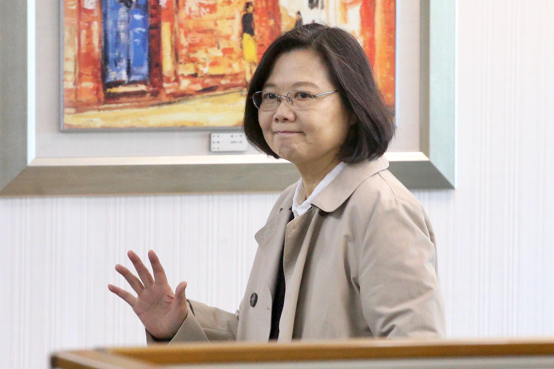 民進黨中常會3日在民進黨中央黨部舉行,身兼黨主席的總統蔡英文(圖)出席主持會議。中央社記者吳翊寧攝  107年1月3日