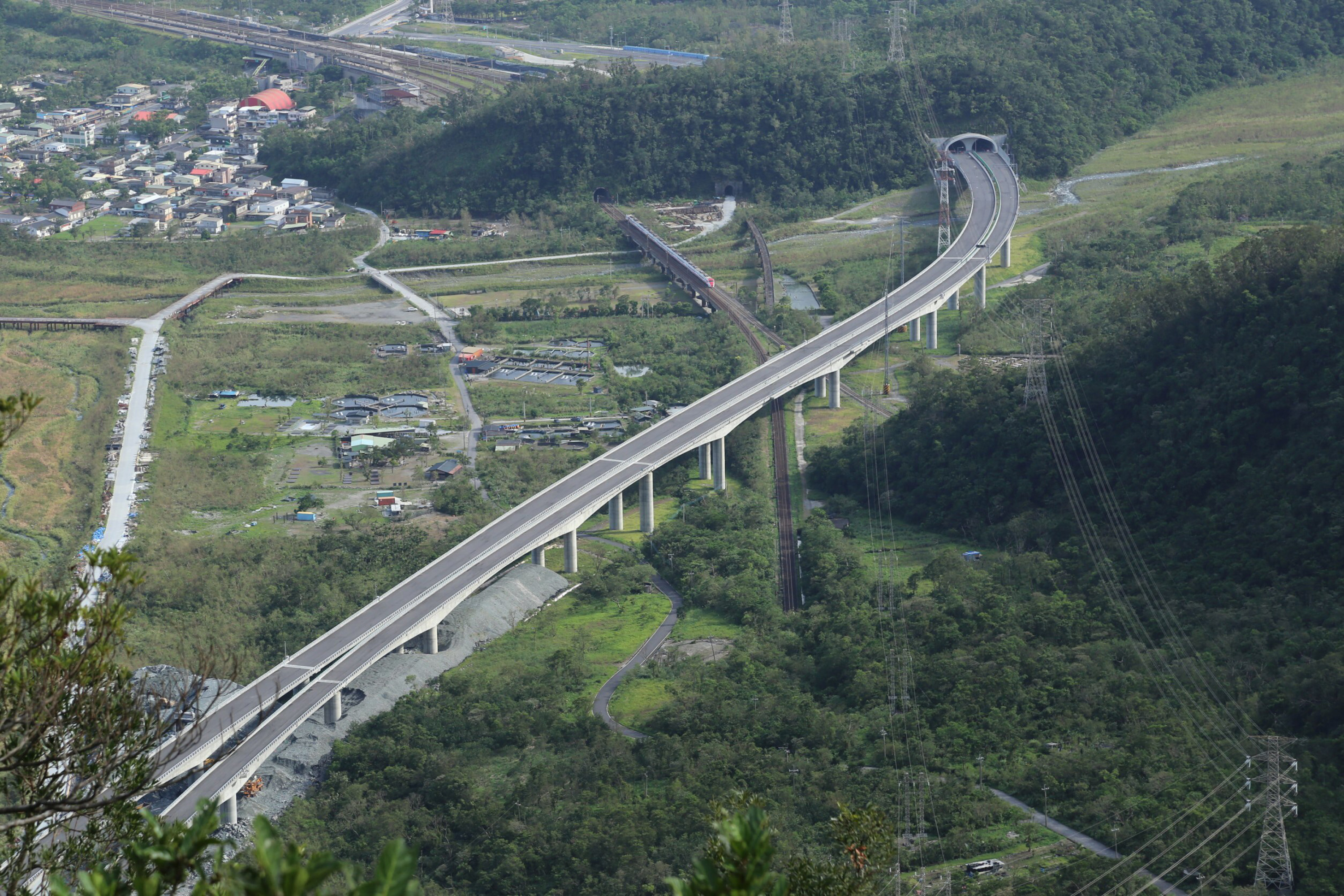 New section of Suhua Highway.