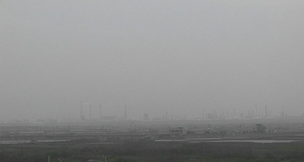 沙塵暴來襲,7日全台各地的空氣品質都不好(照片來源:環保署提供)