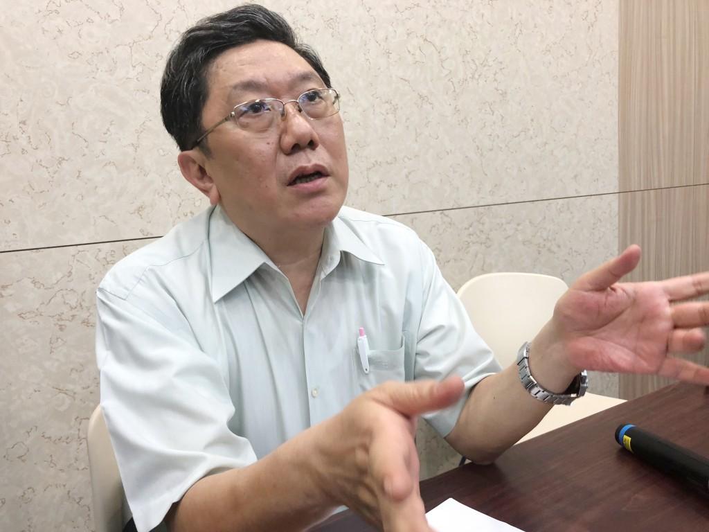 台大醫院小兒部主治醫師李秉穎表示,麻疹在台灣威脅性很小,近20年從沒有人因麻疹併發重症、死亡,呼籲民眾不用搶打疫苗。