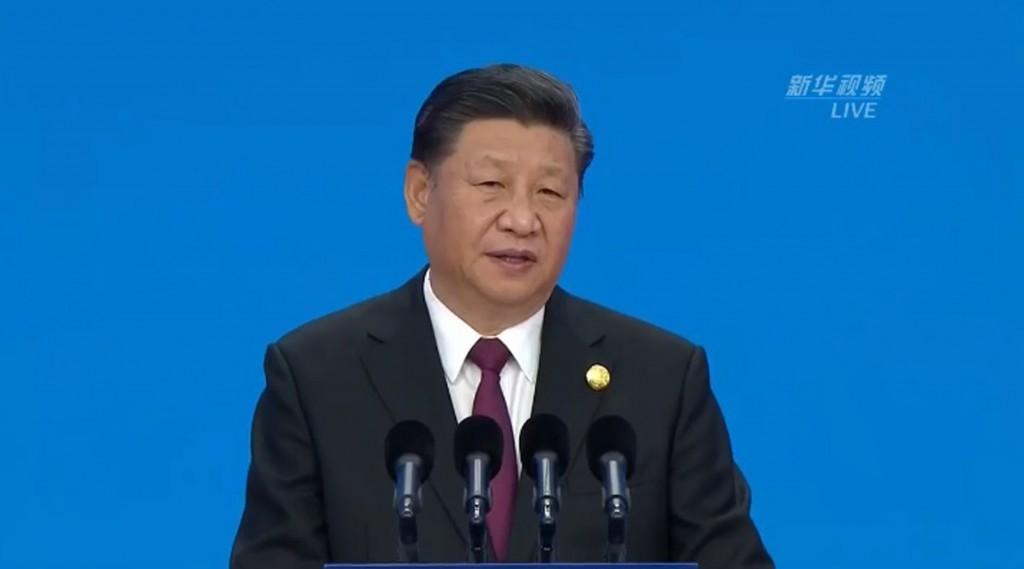 中國國家主席習近平5日上海出席首屆中國國際進口博 覽會開幕式並發表主旨演講時強調,中國經濟是一片大 海,狂風驟雨也不能掀翻。 (取自...
