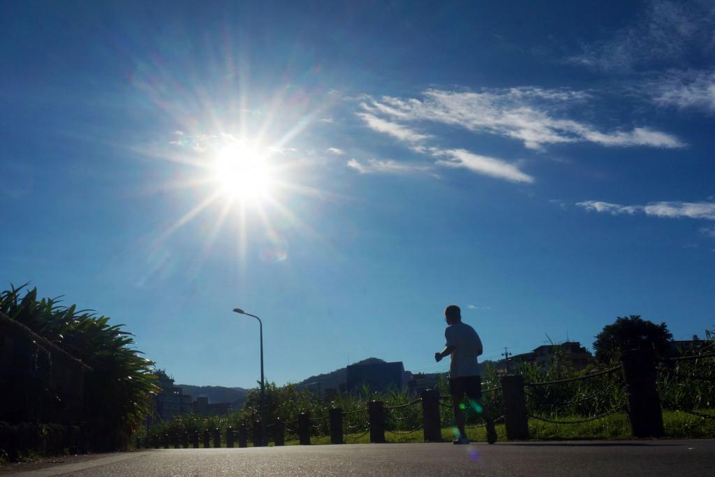中央氣象局預估7日大年初三各地天氣溫暖舒適(照片來源:資料照片/中央社提供)