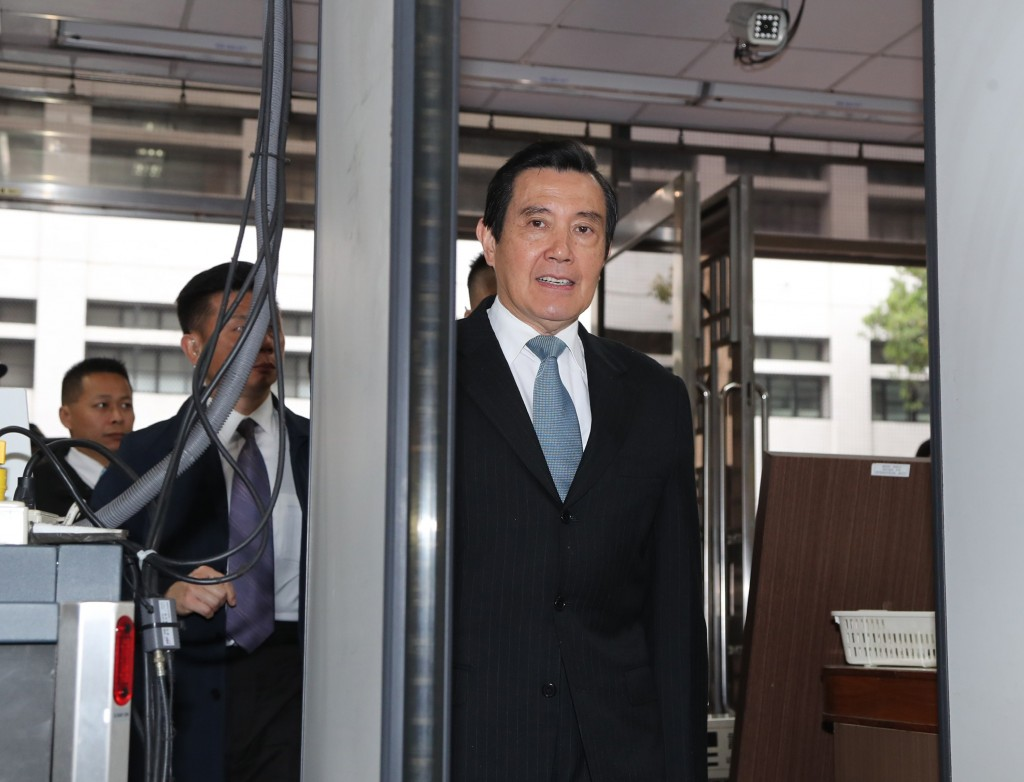 Ex-President Ma Ying-jeou arriving in court Friday morning.